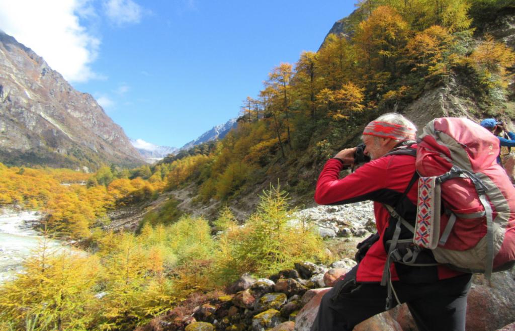 3)Kanchenjunga Base Camp Trek