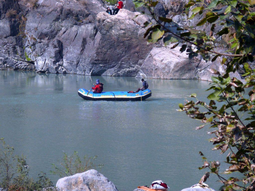 River_rafting_at_Rishikesh_